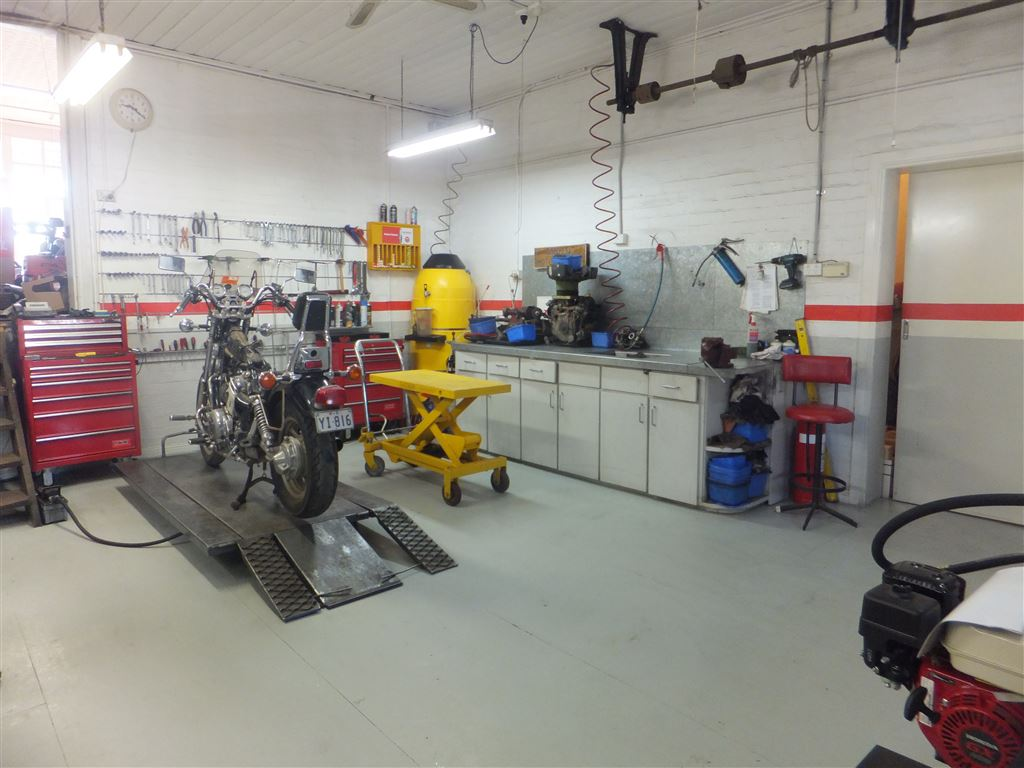 Workshop floor - all equipment & tools are part of the sale
