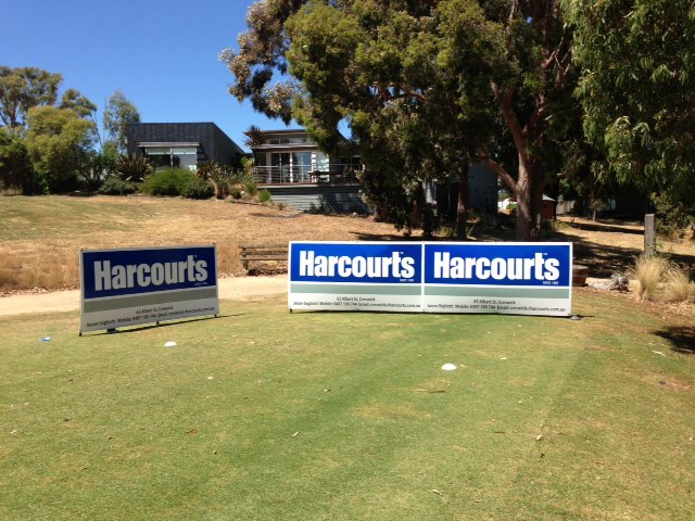 Jason promoting Harcourts at the Victoian GPA Golf tour