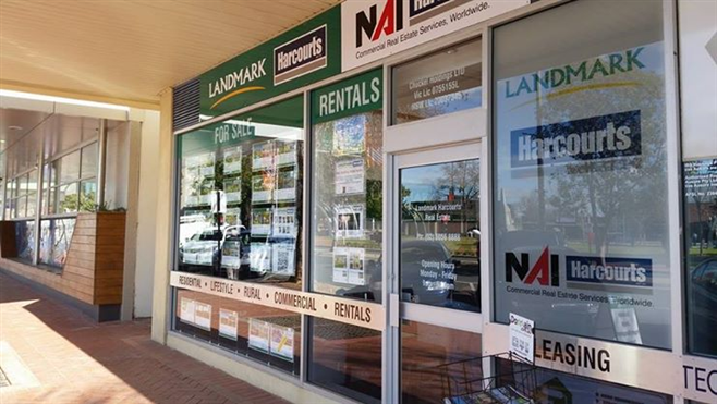 Landmark Harcourts Wodonga Real Estate new office