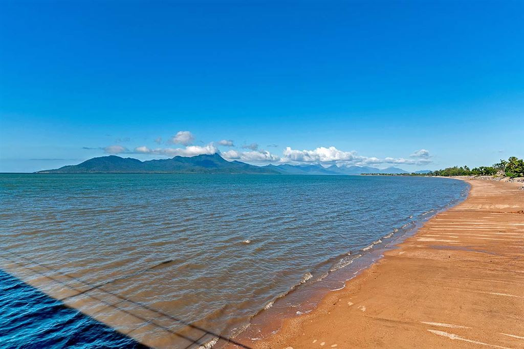 View of Hinchinbrook Island from near the Cardwell jetty