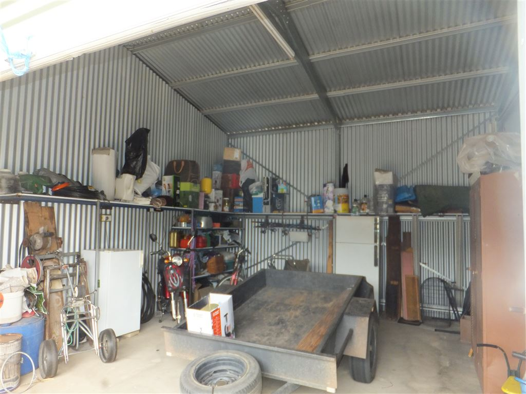 Open view of one workshop showing full steel construction & concrete floors