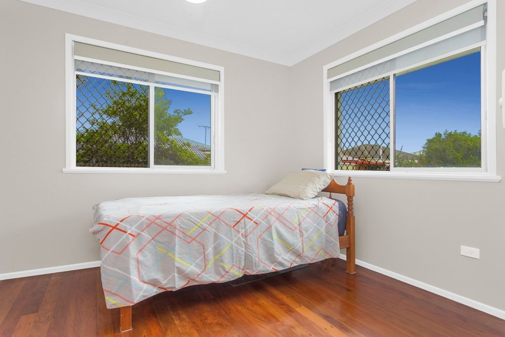 Bed 2 - Builtin robes - Ceiling fan