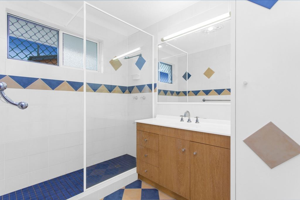 Bathroom - Large double size shower - Separate toilet