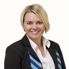 Liza Hogan