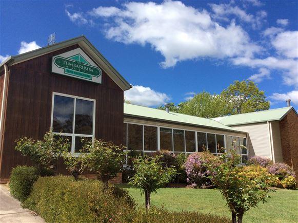 Award winning motel & restaurant - Freehold & Business