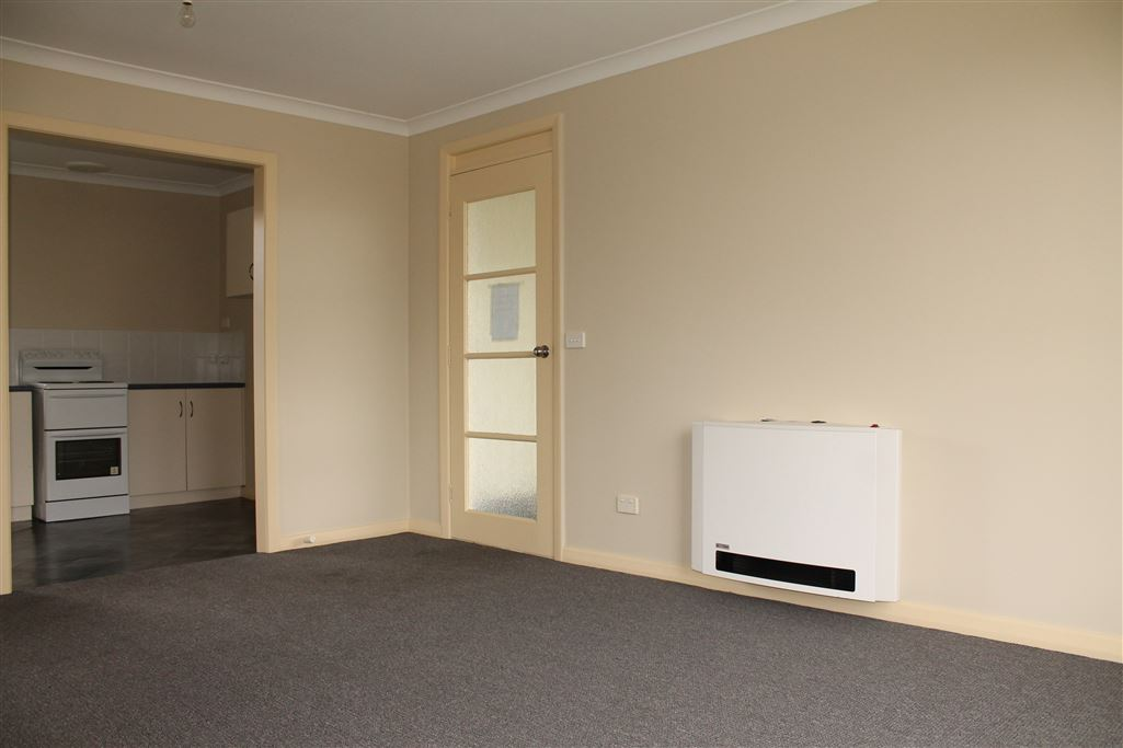 Unit 4 Lounge Room