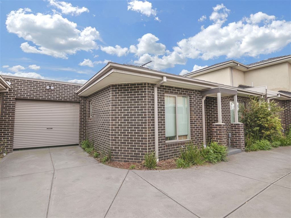 Unit 2/55 Kiewa Crescent, Dallas 3047