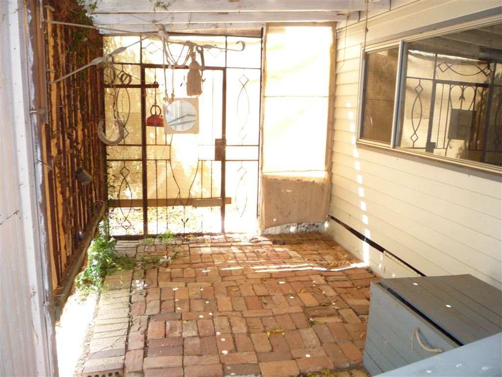 Back Verandah/Patio area