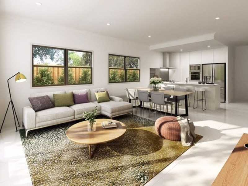 New Spacious Home with Luxury Finishes Facing Parklands