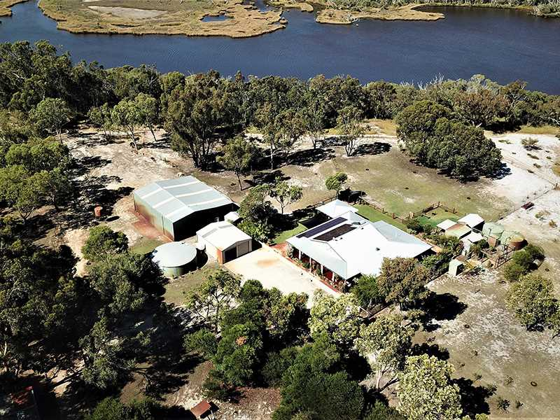 Riverside Acreage! Priced to sell!