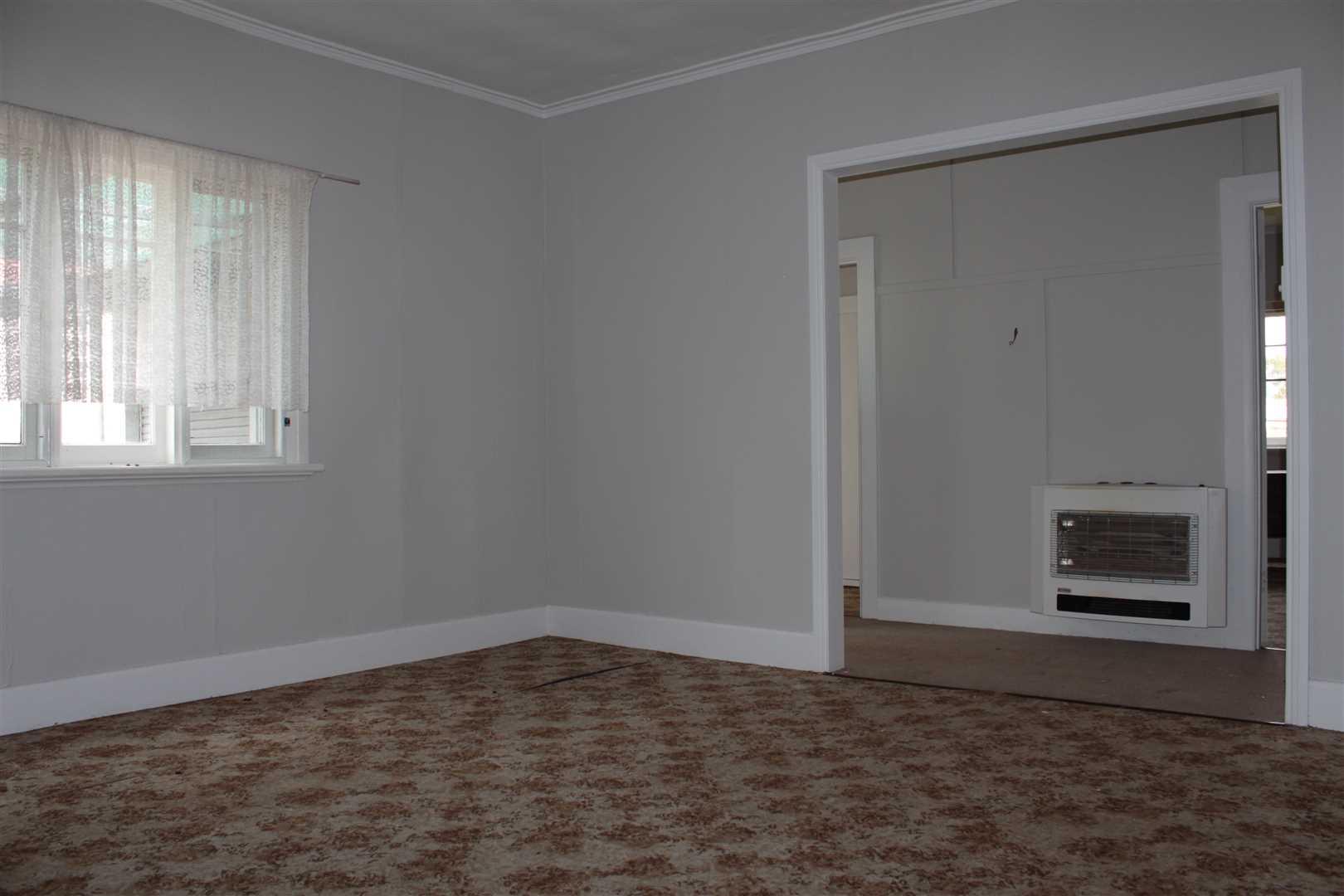 Lounge Room/Hallway
