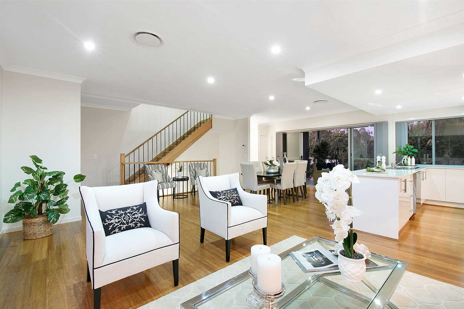 WOW!  Check Out This Amazing 4 bed, 4 bath Townhome!
