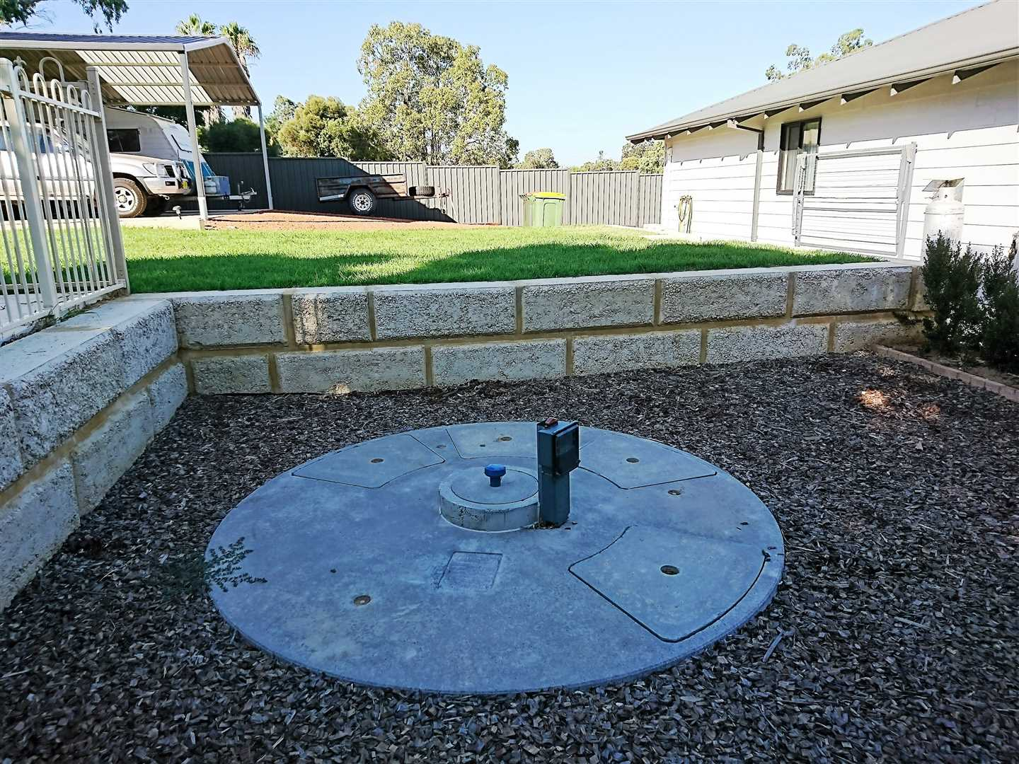 Clearwater/greywater treatment system
