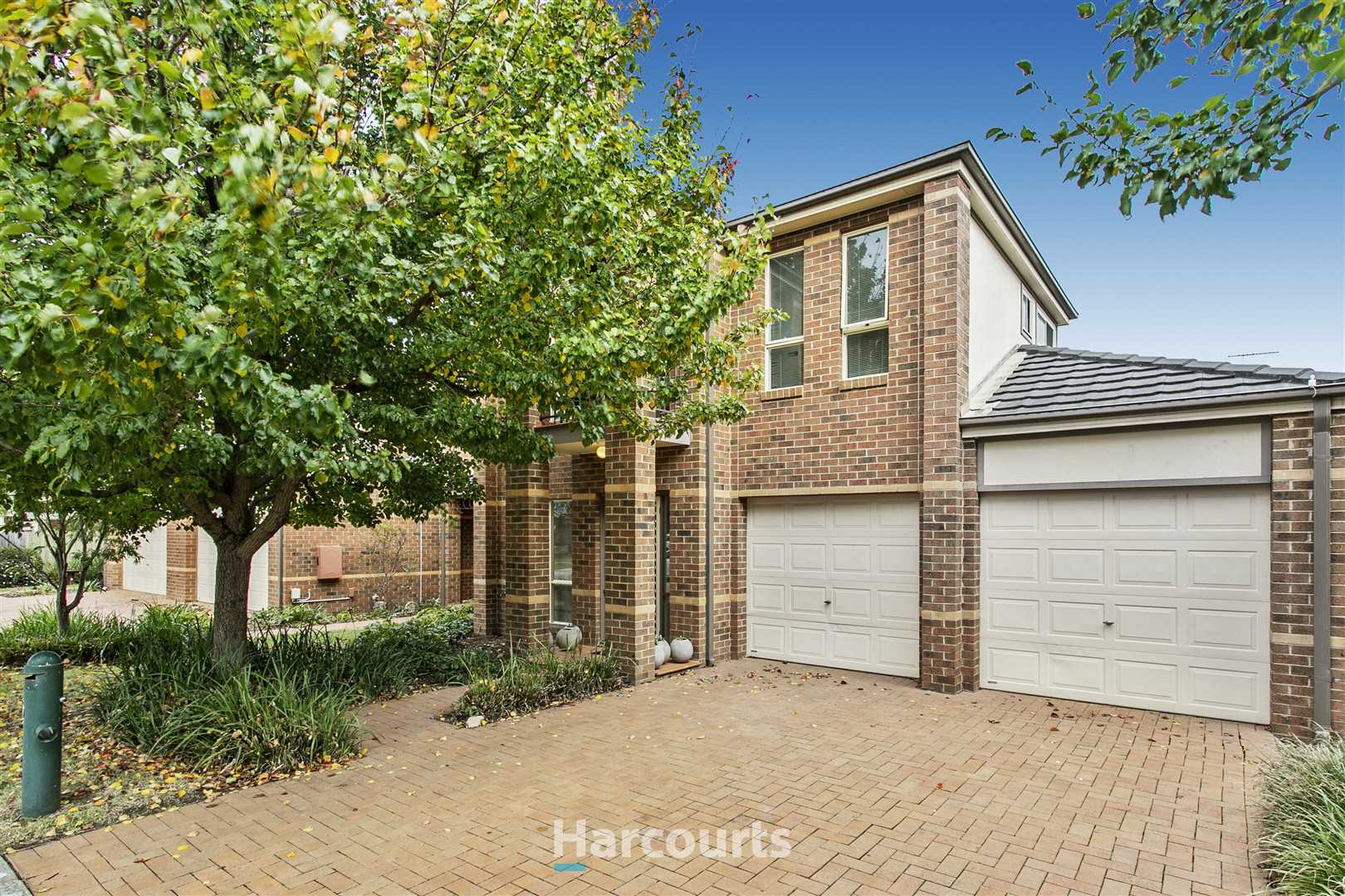 Cranbourne 19 Boronia Ave Harcourts Narre Warren South Harcourts