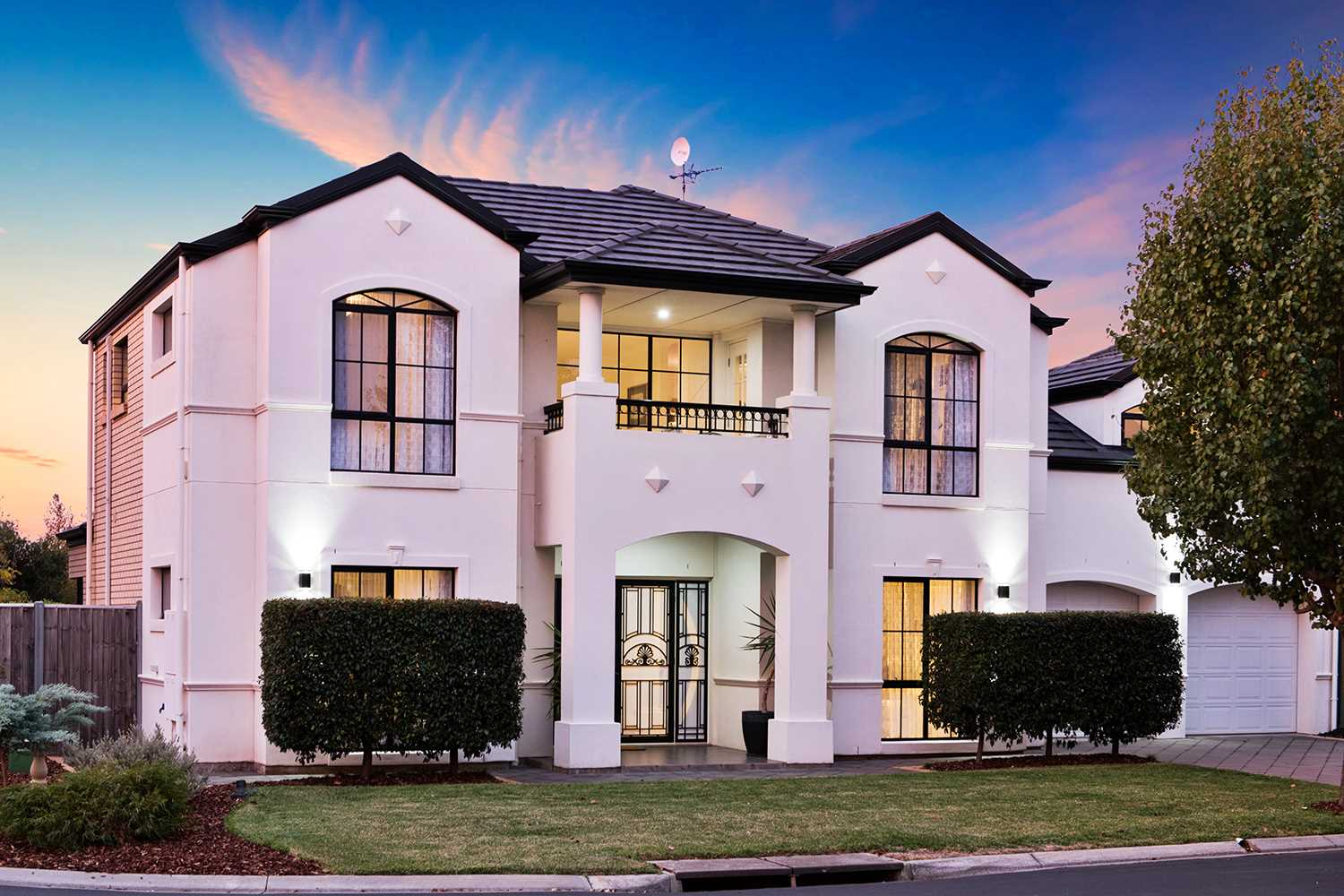Be the envy on Avocet Drive!