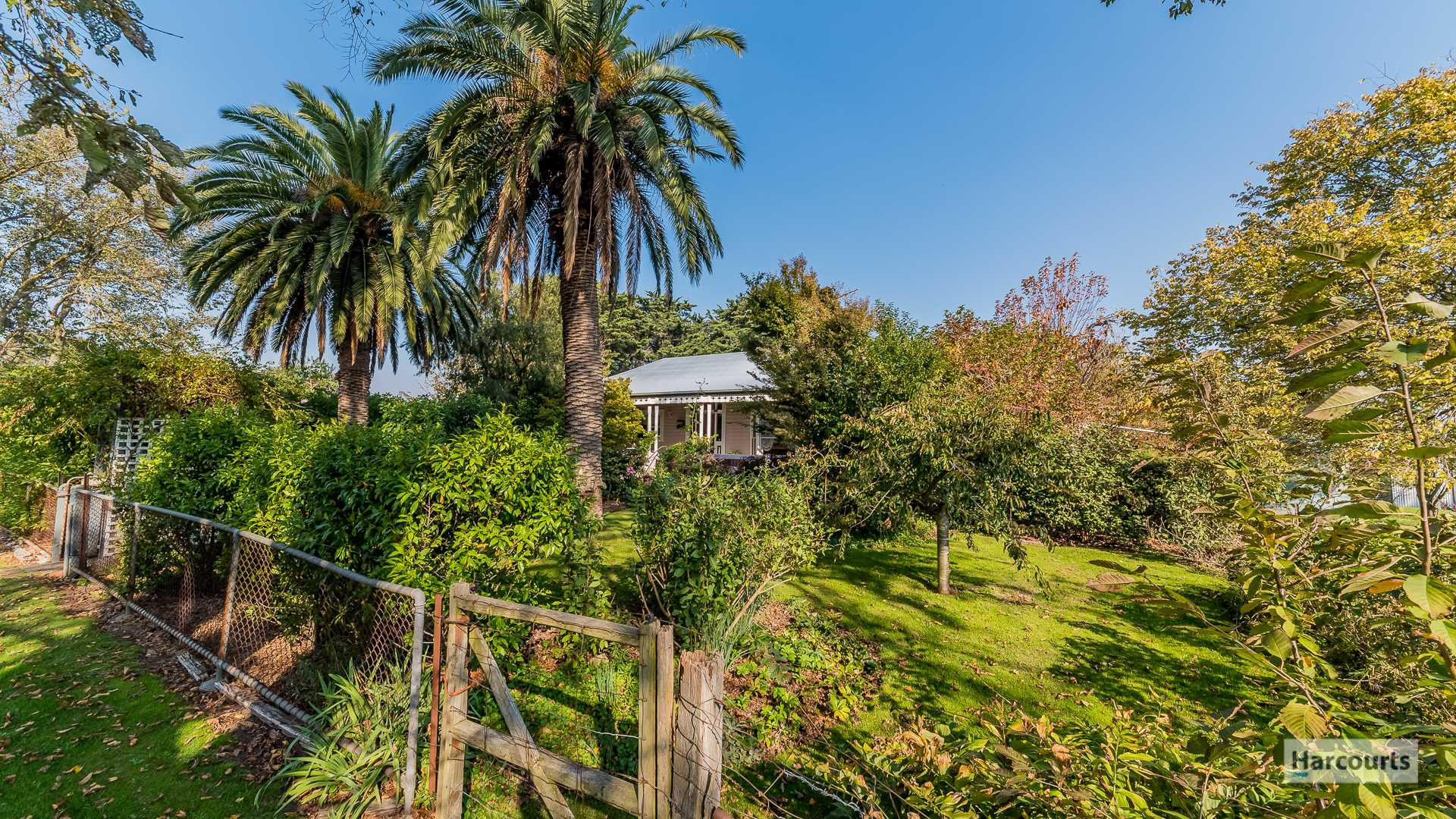 Period Home On 9.2 Acres