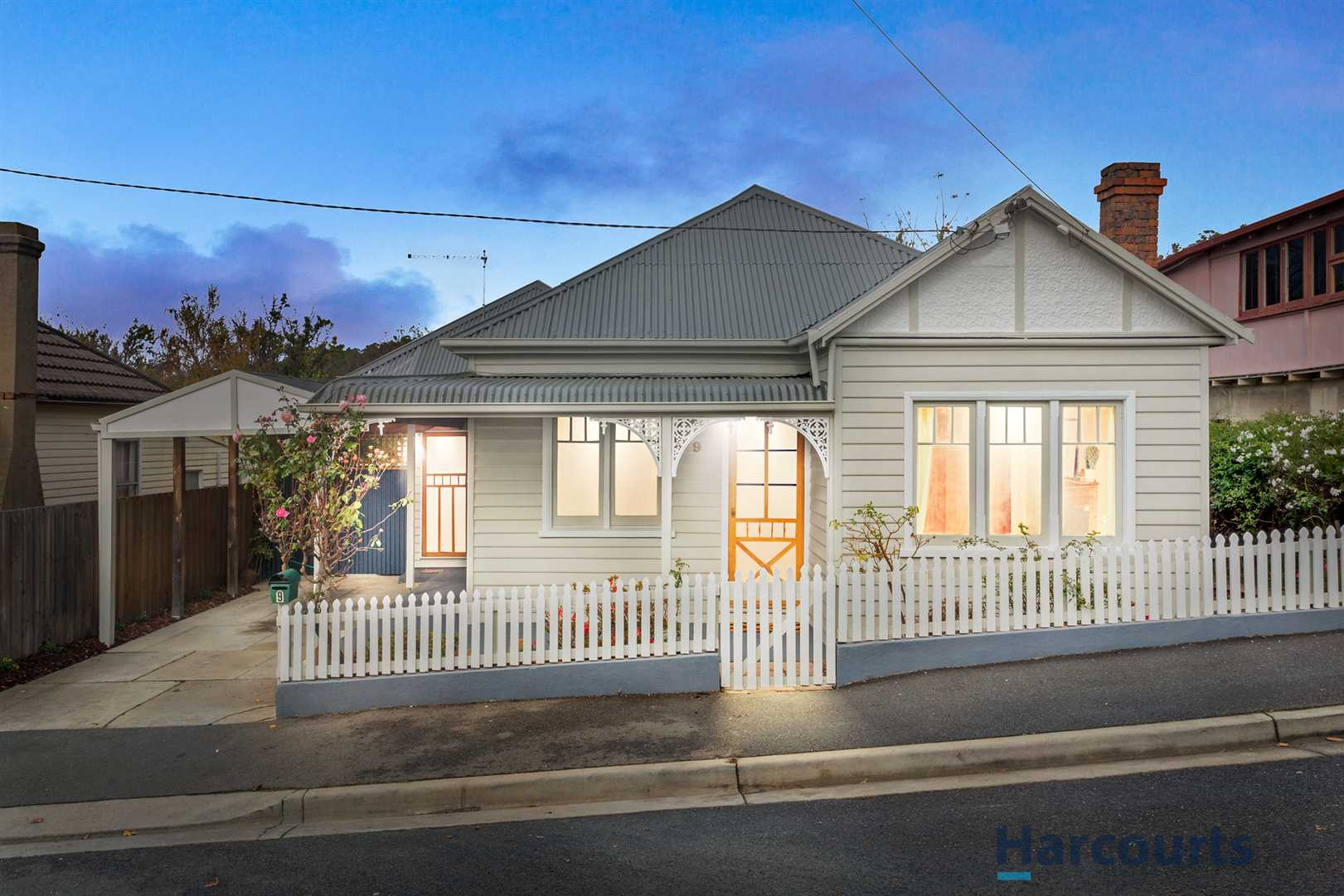 Beautifully Renovated - Close to CBD & Hospital