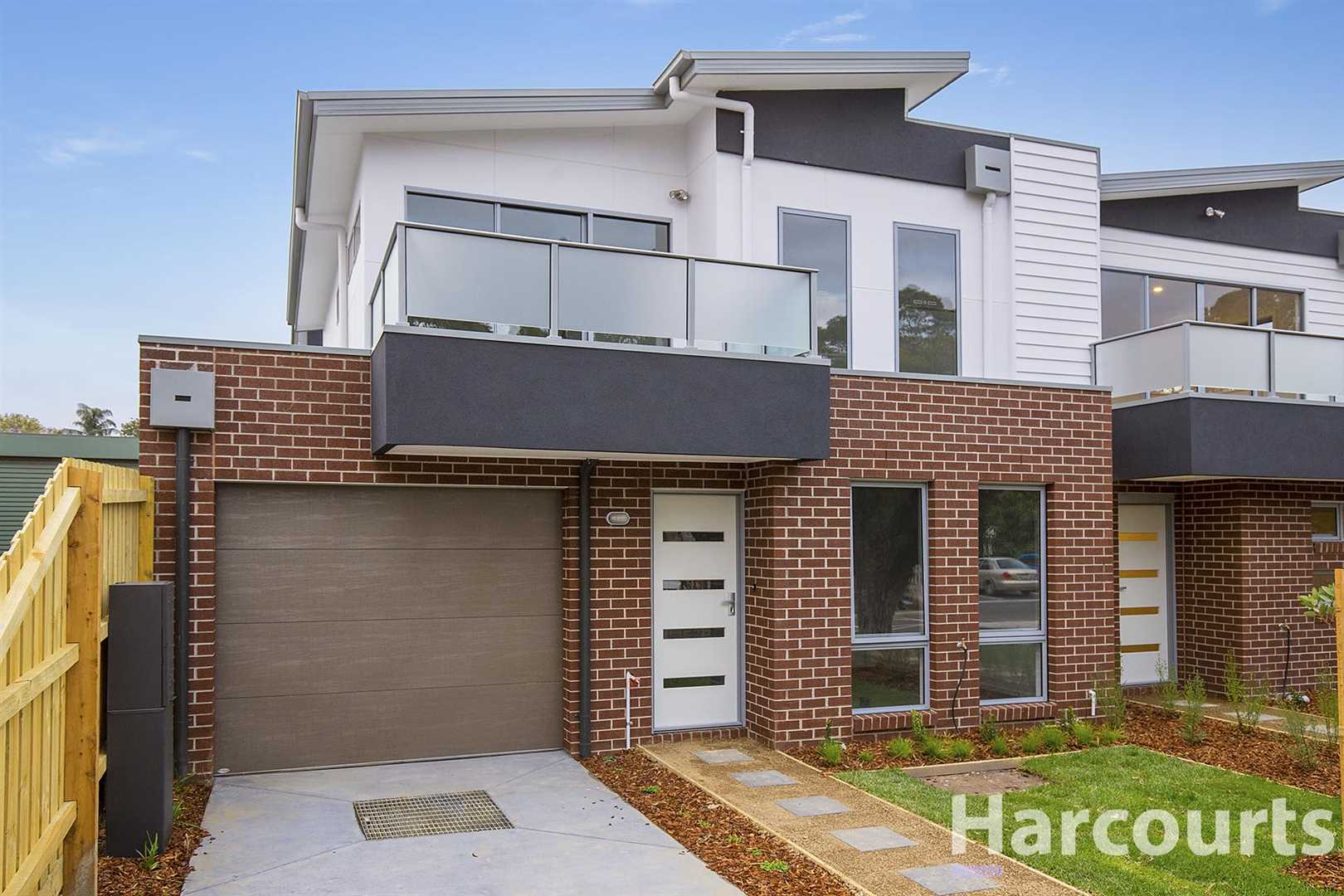 Top Quality Executive Townhouse