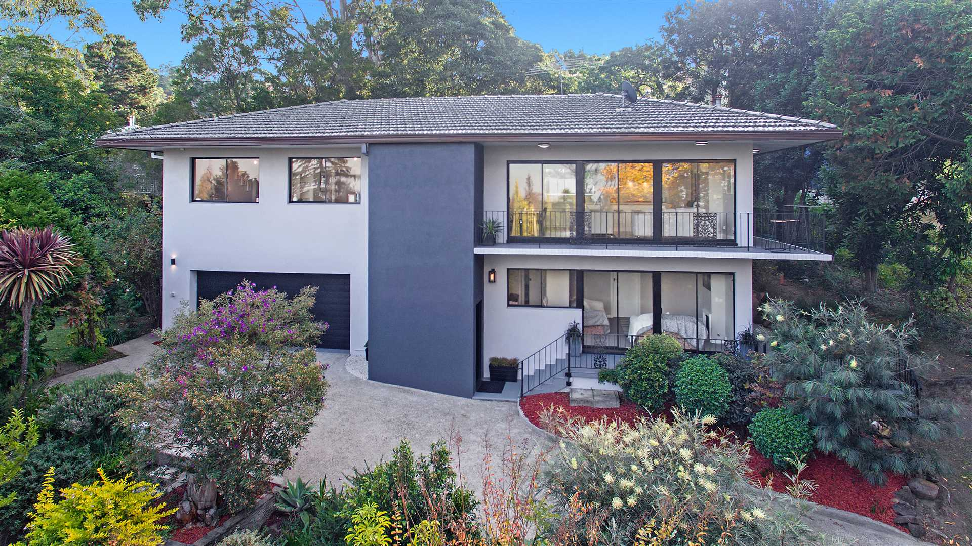 Private and Tranquil Renovated Family Home!
