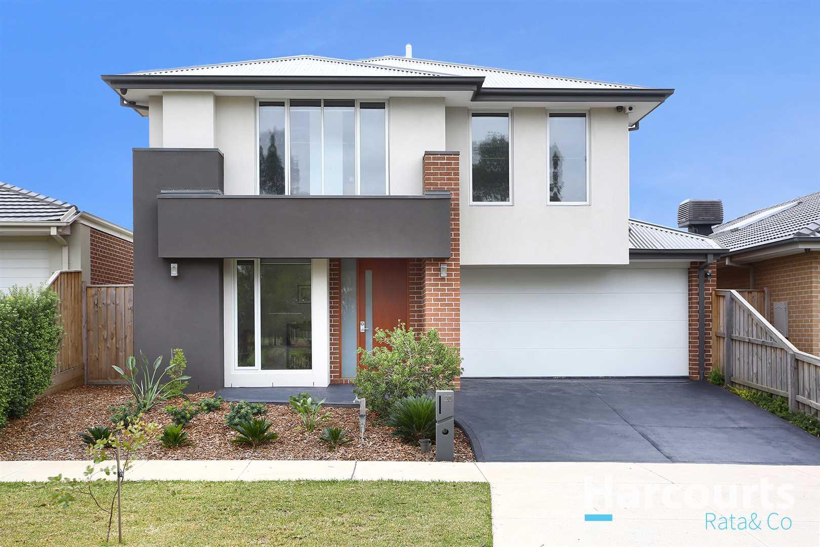 Extraordinary Luxurious Family Home