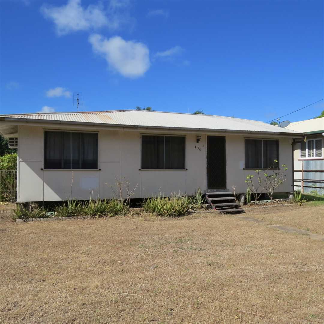3 Bedroom Home - Plenty of Shed Space