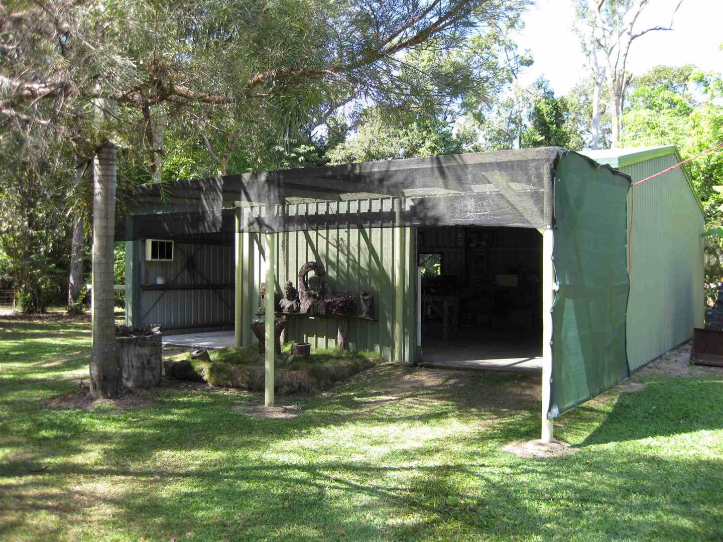 Outside view of part of modern shed, photo 1