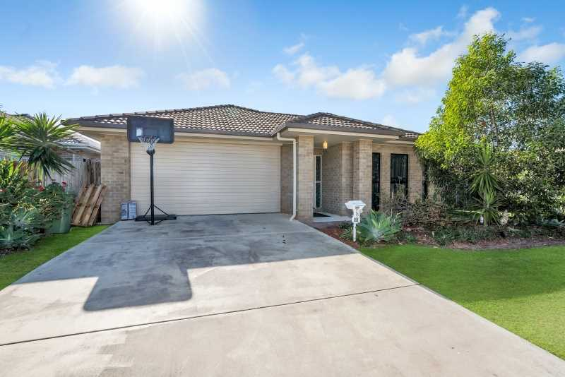 Great location/ great family home on 559m2 Block