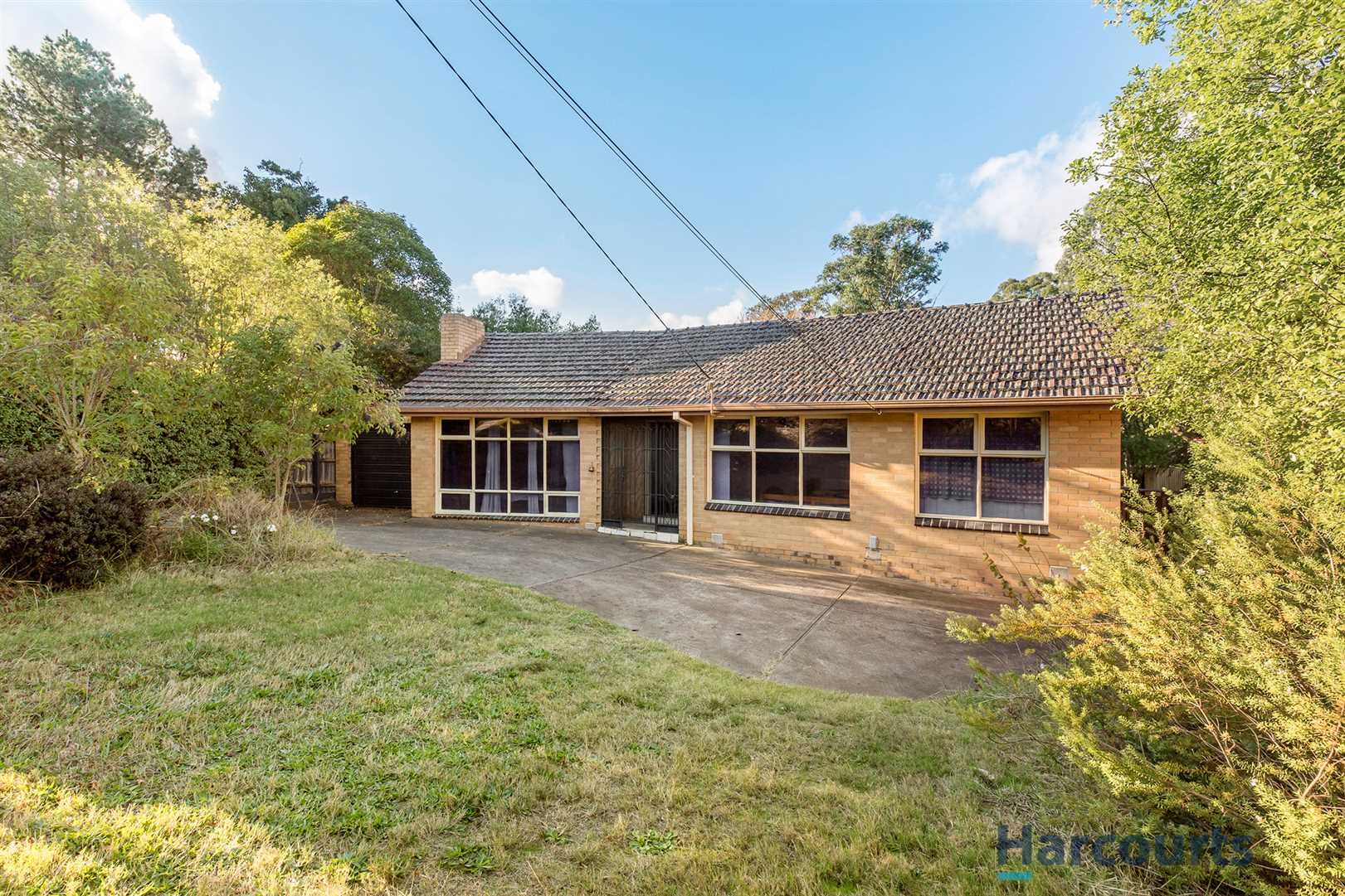A family home with lots of potential in GWSZ !
