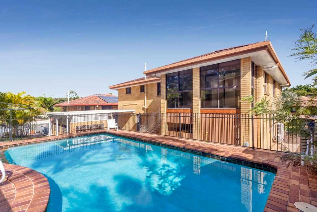 McDowall-Cavity Brick, Size, Pool, Location The list goes on