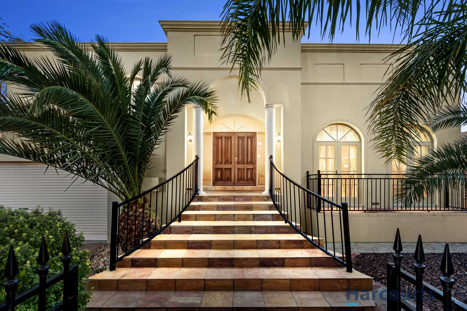 Spectacular Home In The MWSC Catchment