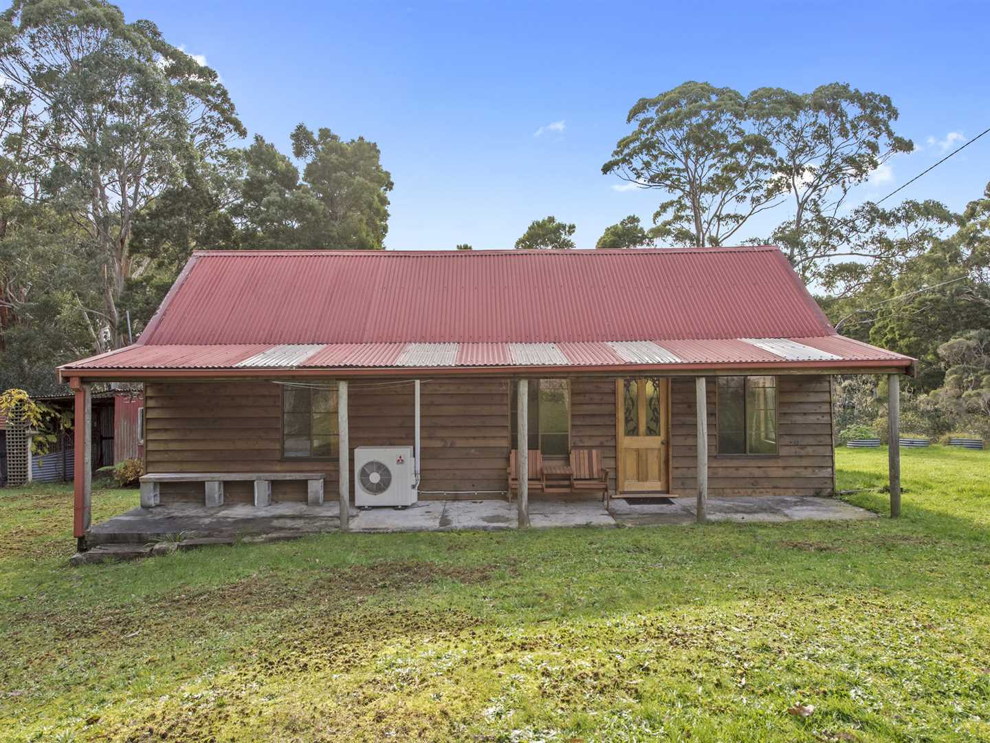 Cottage on Near 1 Acre Block in Coastal Town