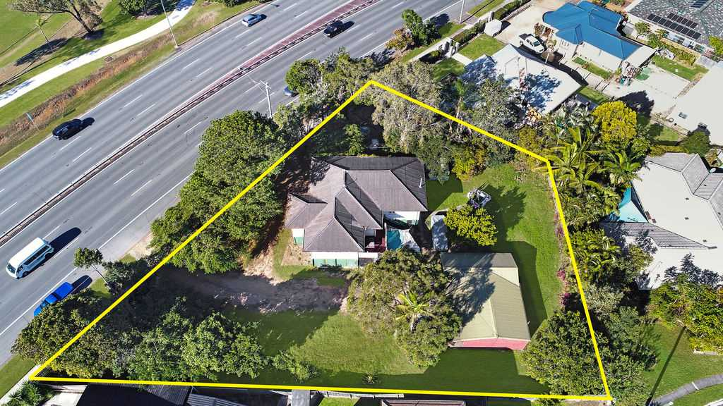 Chermside - 1,652m2 Land + Two Houses