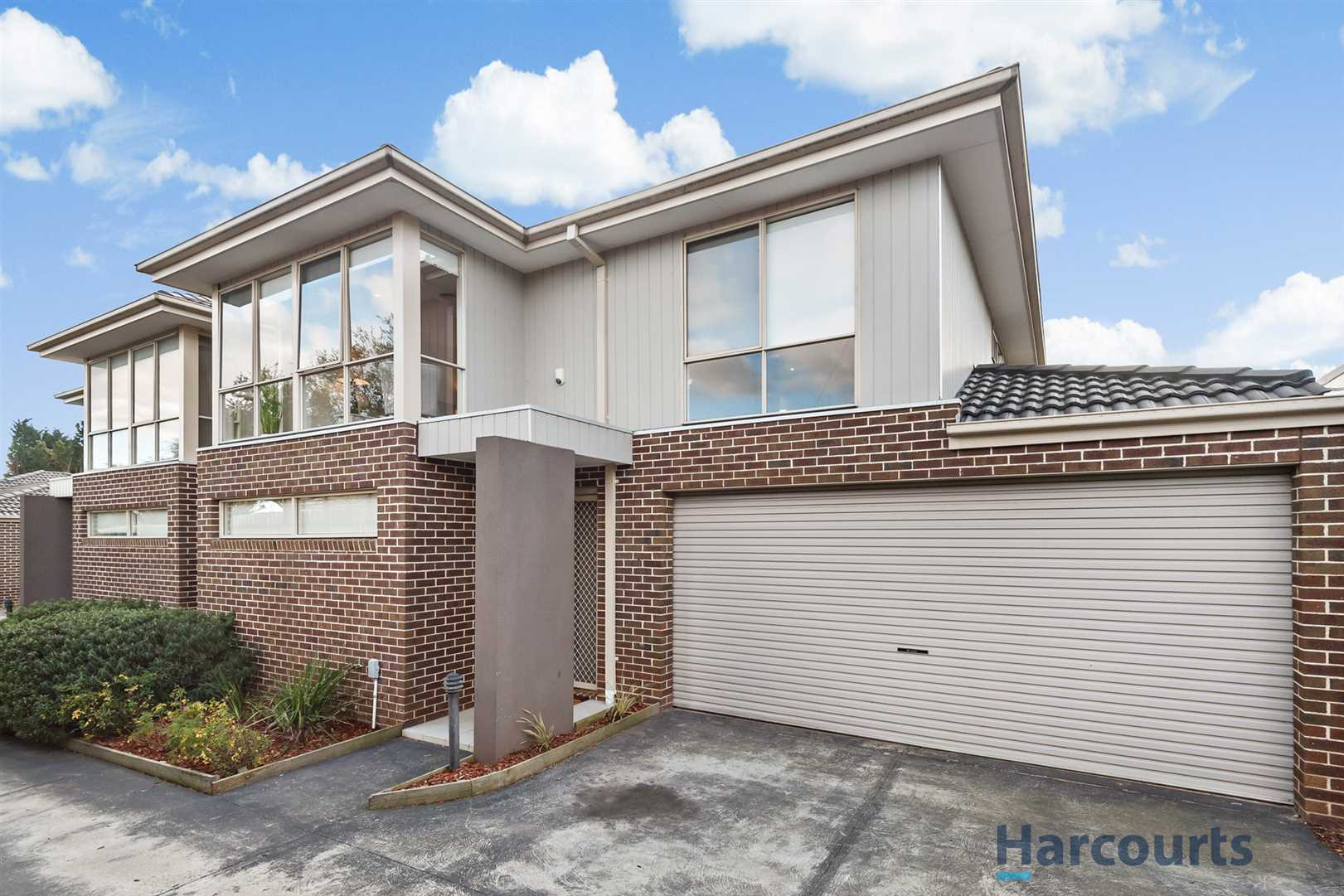 Big, beautiful townhouse close to schools and shops.