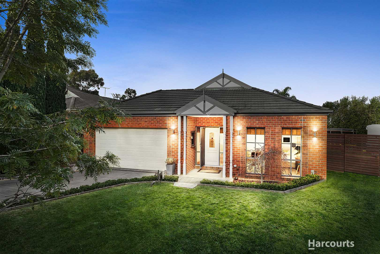 Family home on an enormous 868m2 block