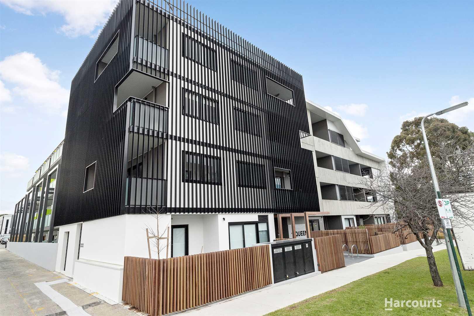 Executive Brand New Apartment