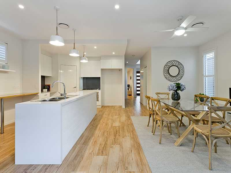 Contemporary family home in a quiet pocket of Mitchelton