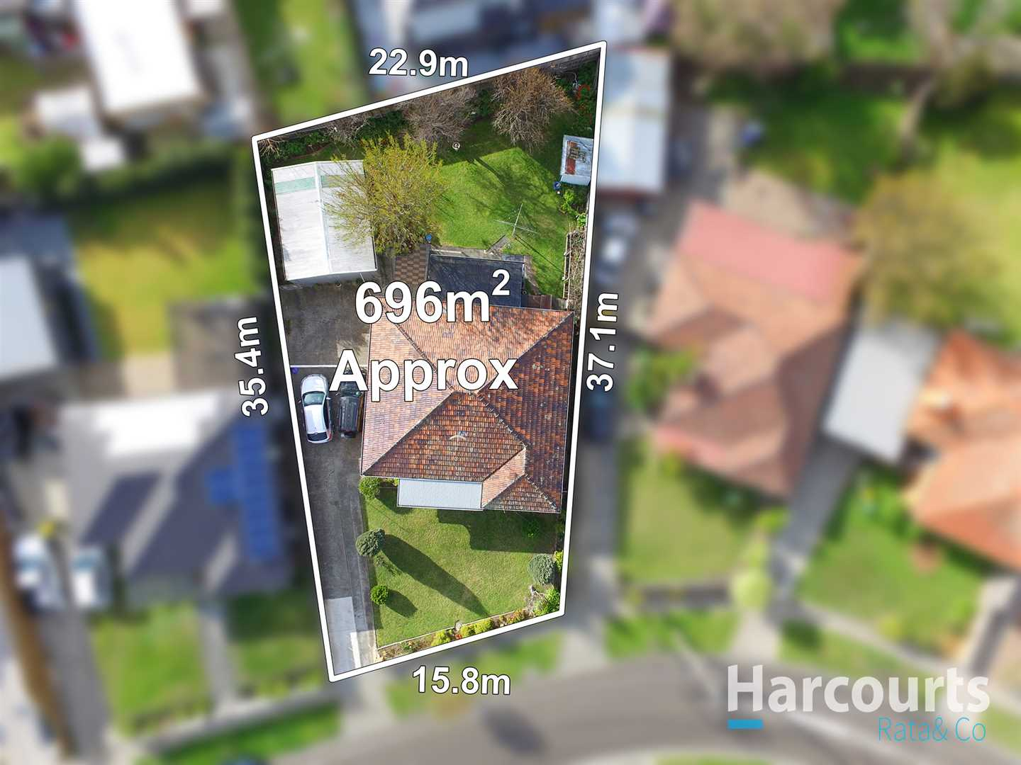 Huge Opportunity On A Massive 696m2 Approx Block!