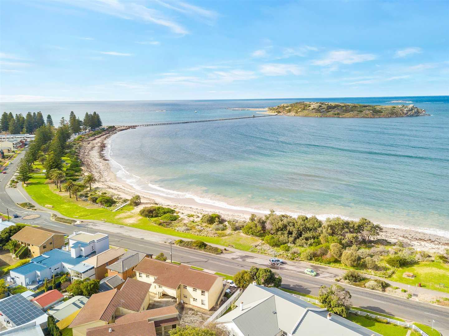 Seaside Investment Opportunity!