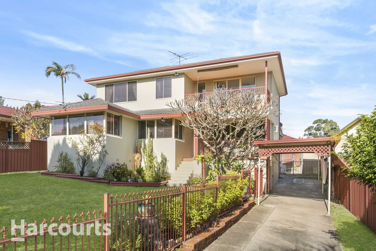 Five Bedroom Two Storey Family Home Awaits!