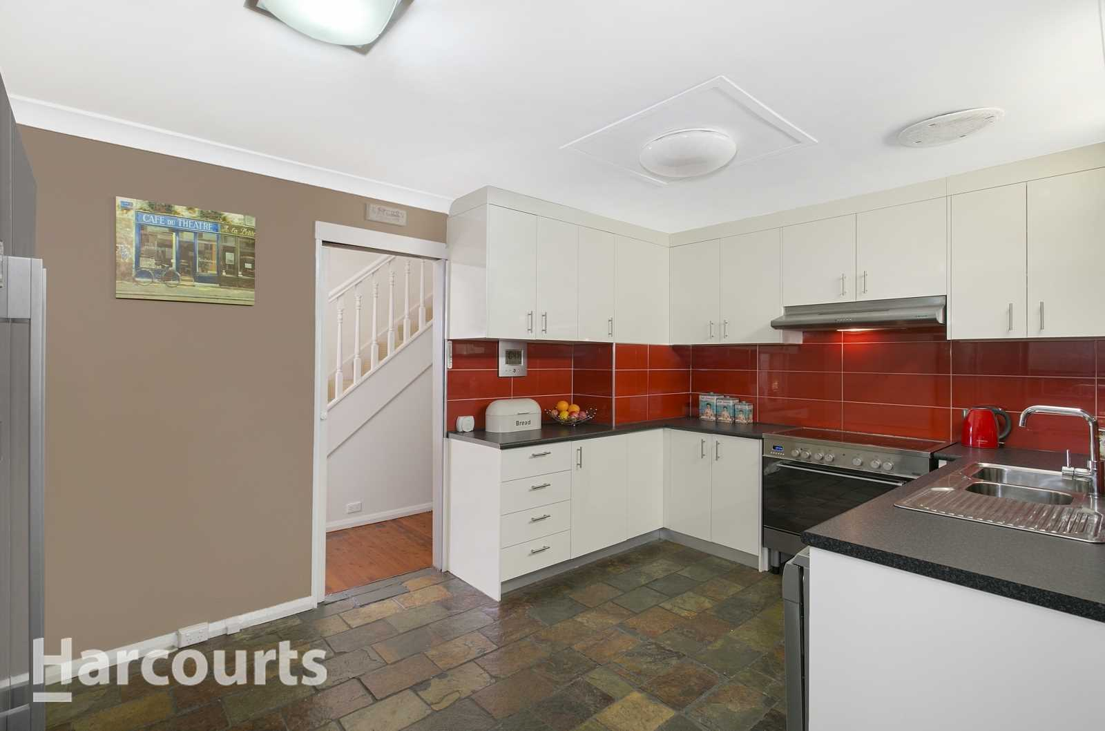Price now reduced to Sell! Walking Distance to Train Station