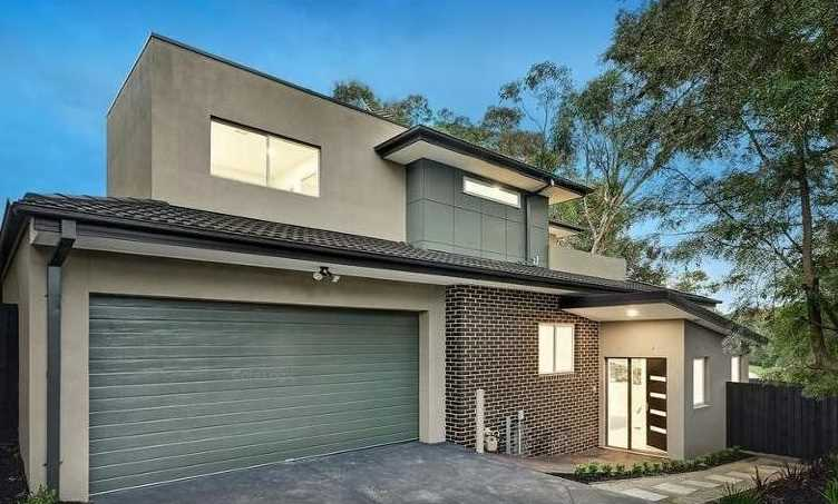 Luxury Townhouse in Mount Waverley Secondary College Zone