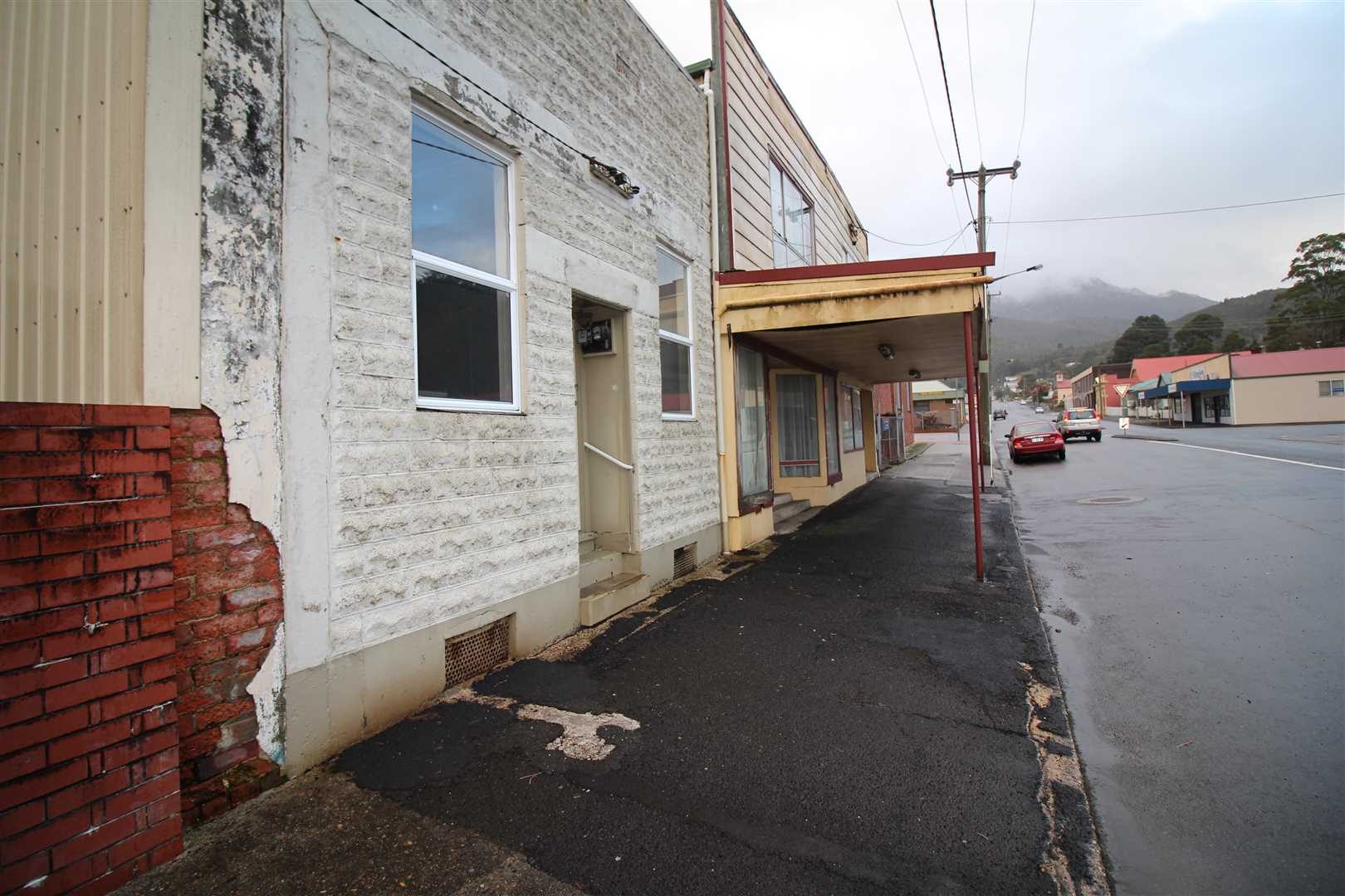 Great Potential In The Main Shopping Area Of Queenstown!