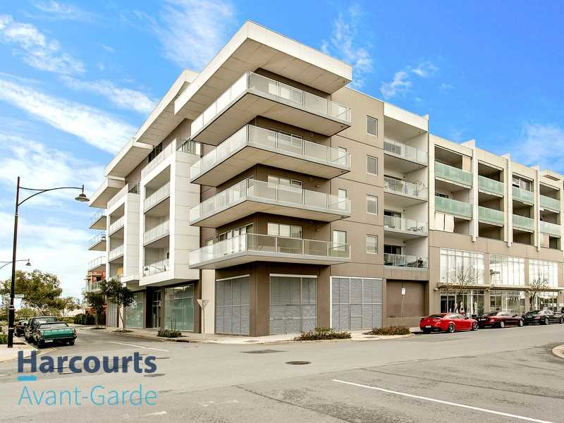Super Chic Apartment in the Heart of Mawson Lakes