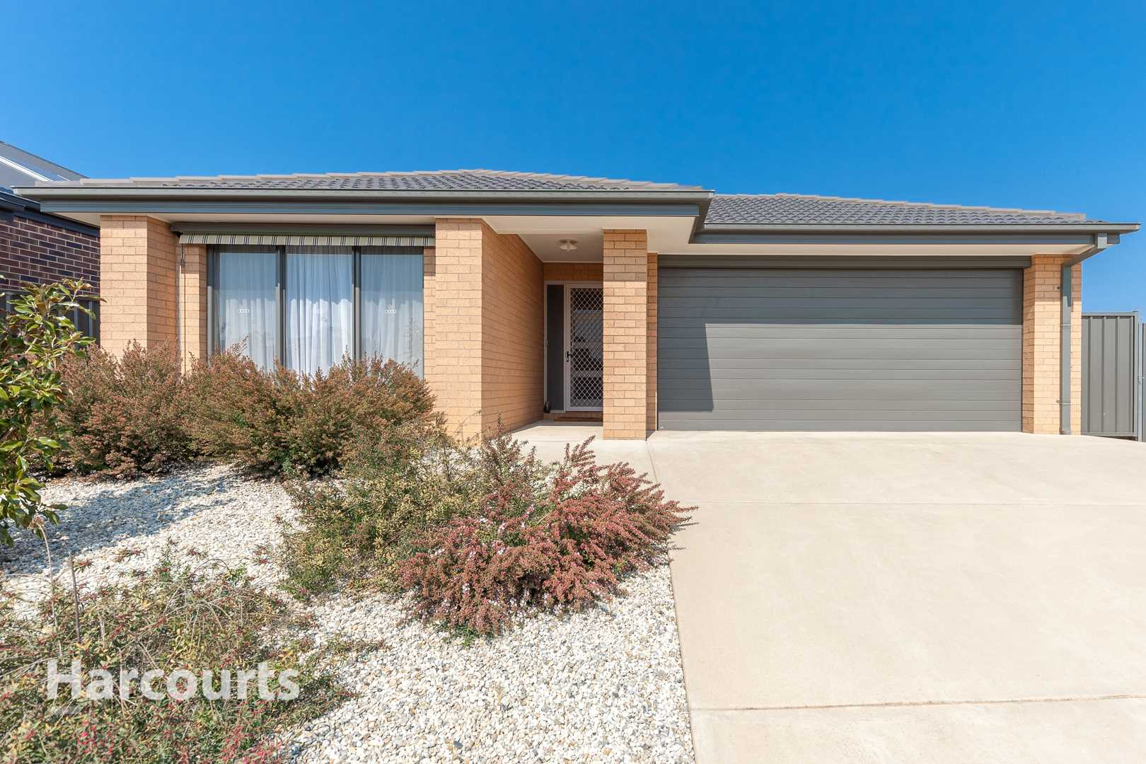 Just What You're Looking For! - 627m2