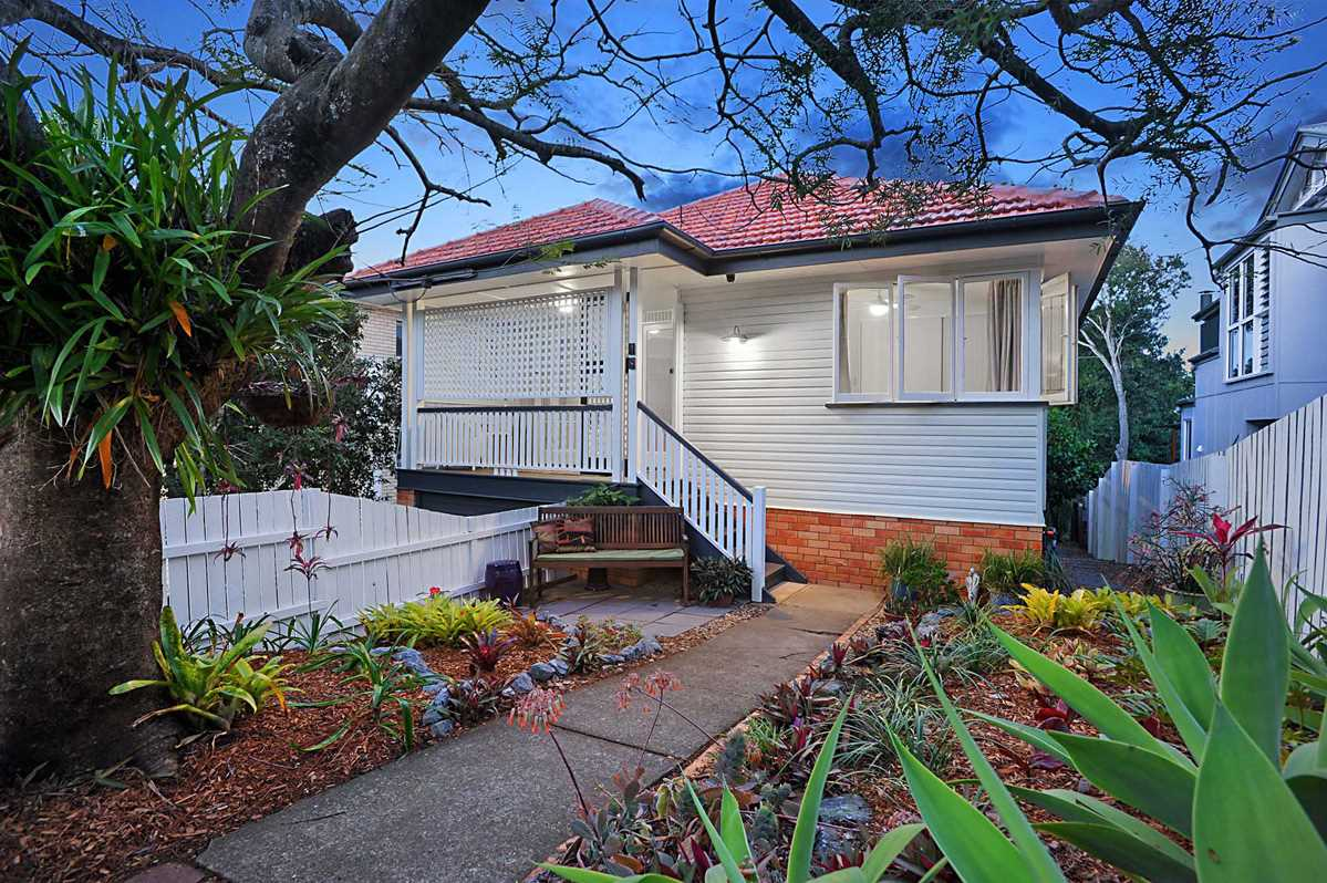 Picture Perfect 3 Bedroom Family Home