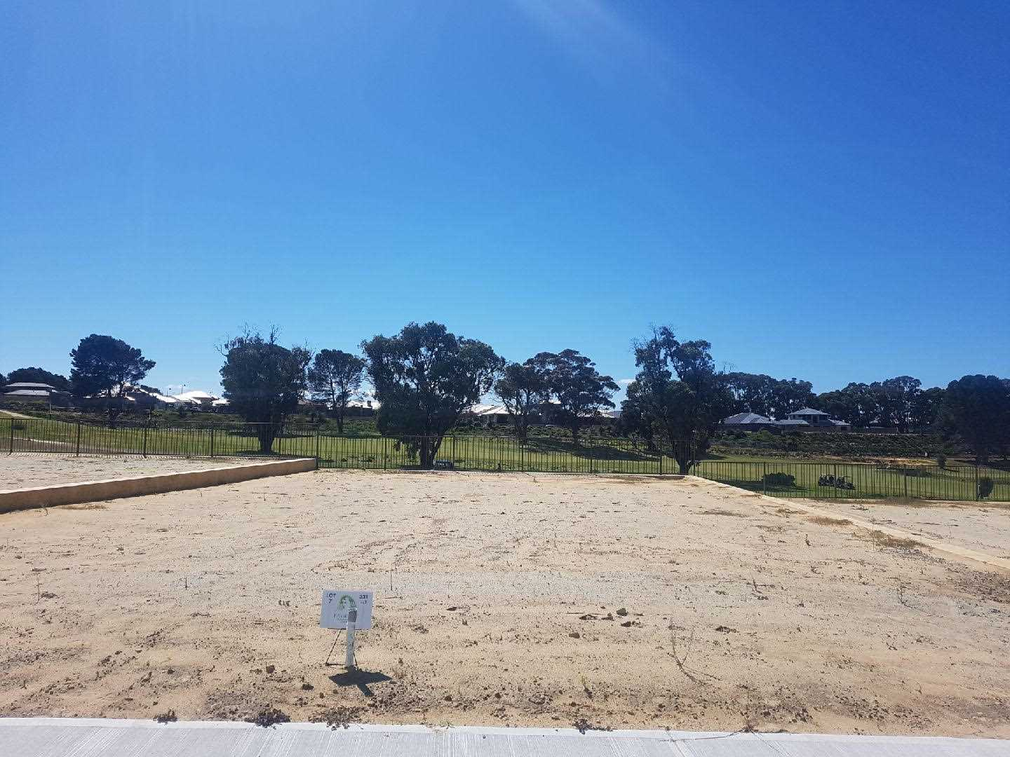 Lot 7 331m2 with 13.3m2 frontage