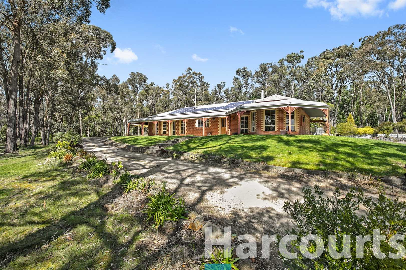 Lovely Family Home on Approximately 2.7 Acres