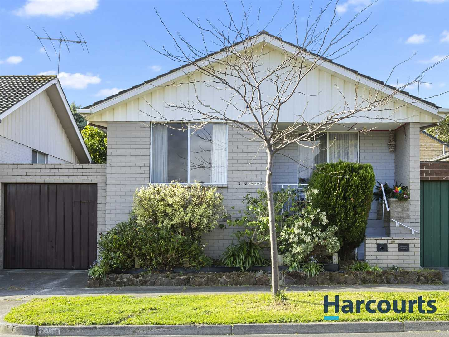 2BR Unit within Mount Waverley Secondary College Zone