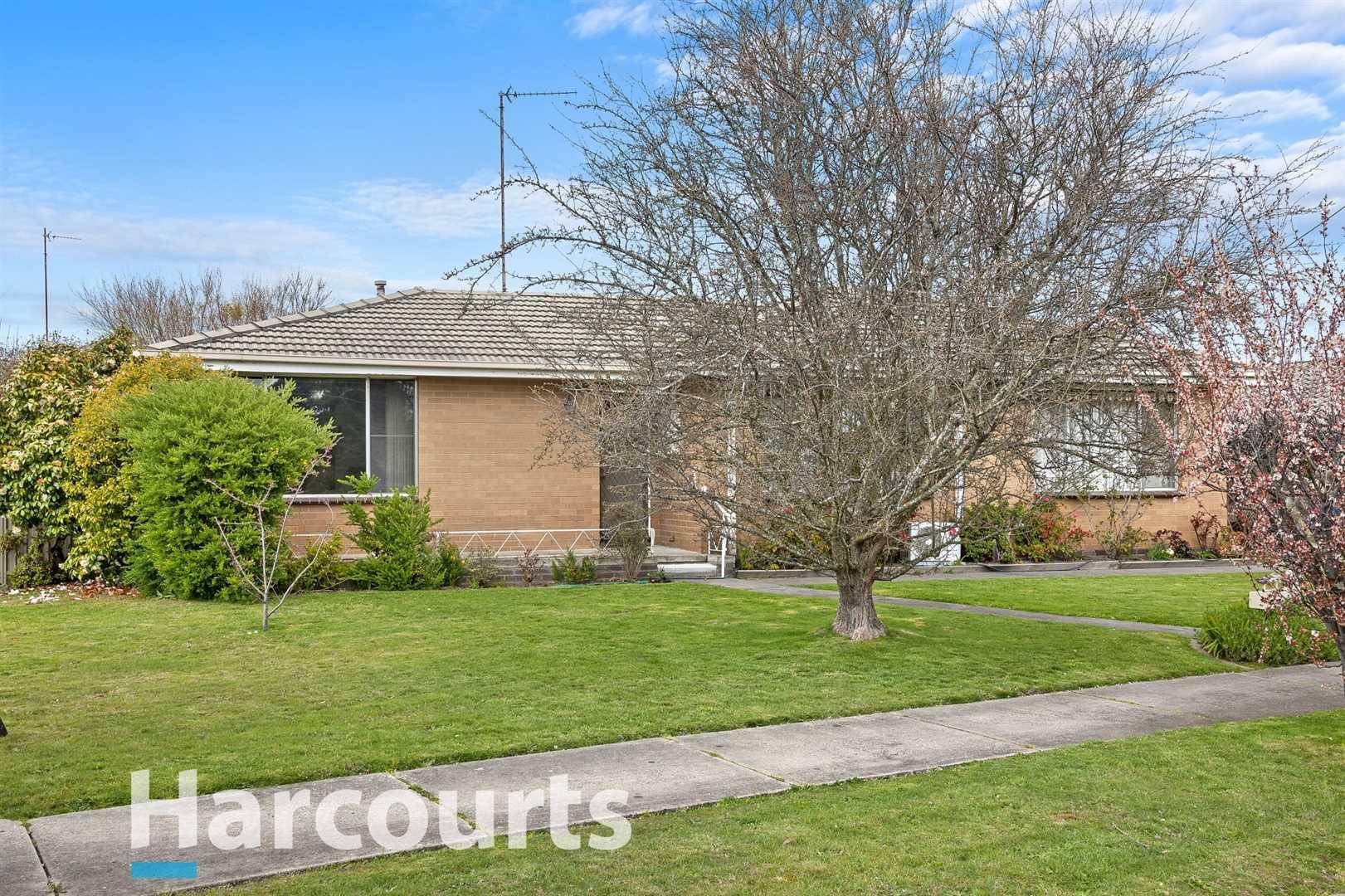 Popular Location Will Impress 1st Home Buyers & Downsizers