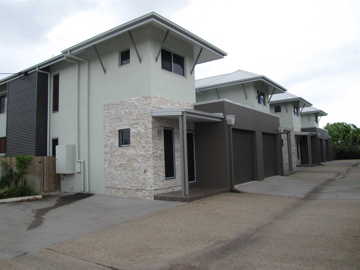 Modern Furnished Townhouses